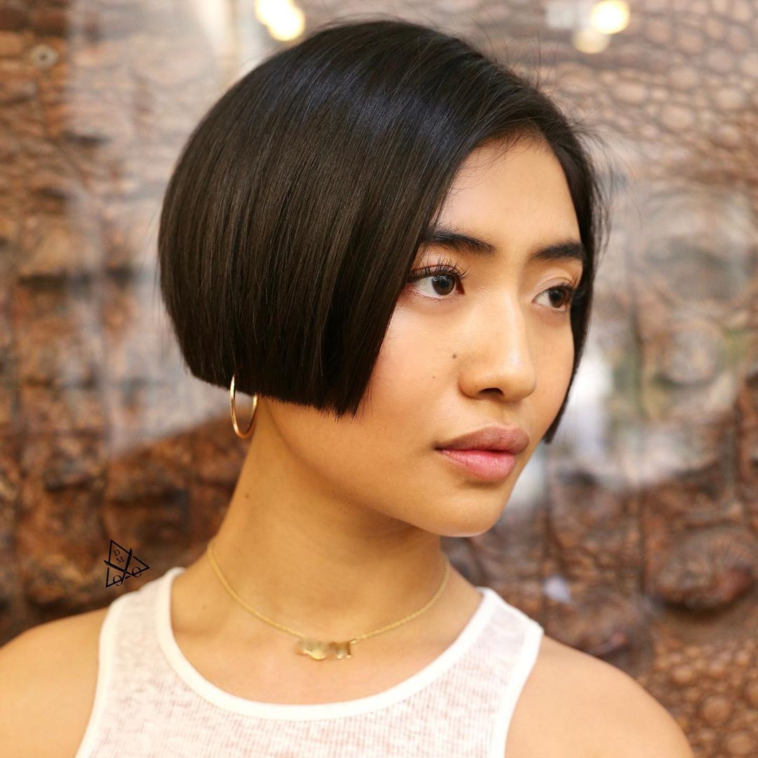 Spikeless cropped bob for straight hair