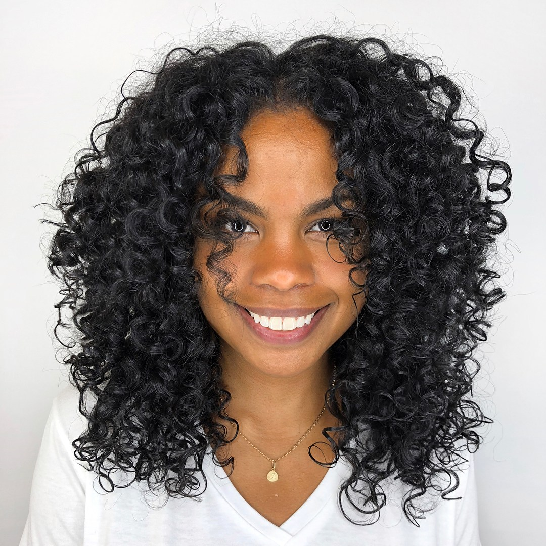15 awesome hairstyles for naturally curly hair   Balayage ...