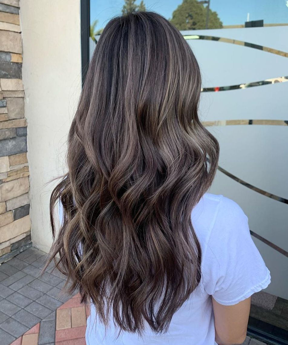 Cabello largo Ash Brown Balayage